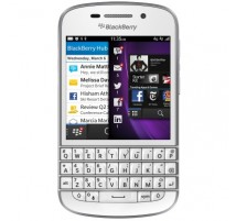 Blackberry Q10 QWERTY in Bianco