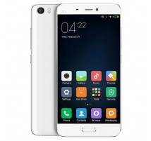 Xiaomi Mi 5 in Weiß